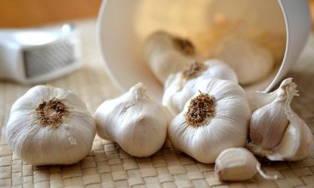Fresh Garlic in Sous Vide